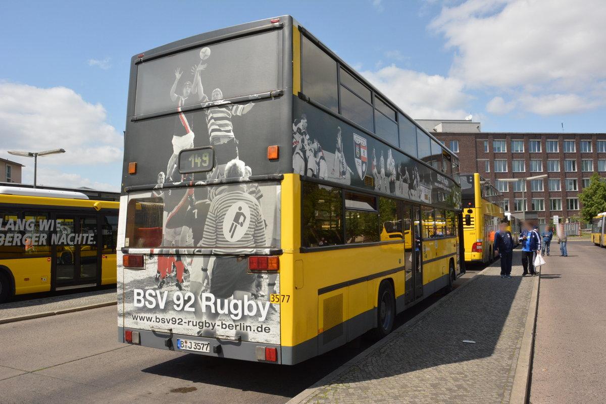 25 jahre linie 100 und deswegen sind einige historische busse unterwegs zwischen berlin. Black Bedroom Furniture Sets. Home Design Ideas