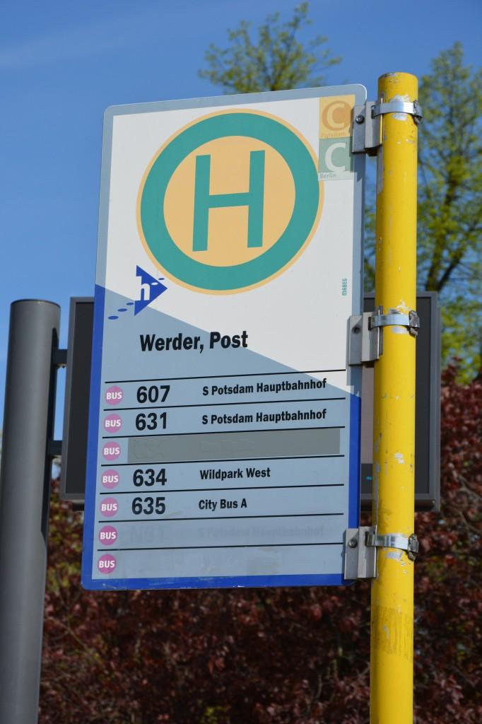 Bushaltestelle, Werder Havel Post. Aufgenommen am 03.05